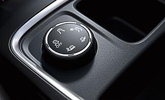 INTELLIGRIP: Dreiehjul som lar deg velge optimal innstilling for best mulig veigrep avhengig av forholdene. Ekstrautstyr. Foto: Opel