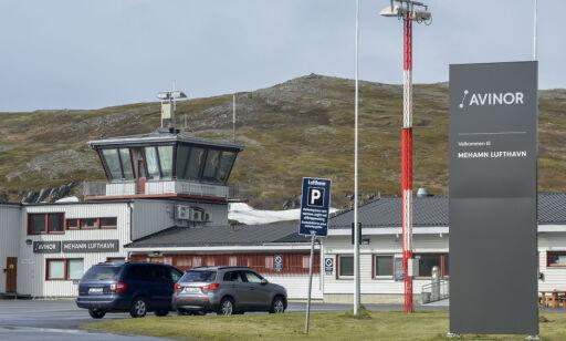image: Nå blir det gratis å parkere på 9 norske flyplasser