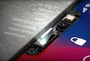 IKKE BARE KAMERA: iPhone X analyserer fjes på flere måter. Blant annet stråler den 30.000 prikker av infrarødt lys på ansiktet for å skape en 3D-modell, som mobilen kan analysere. Derfor får ikke andre iPhone-er Face ID ennå, men blir dette en suksess, er det grunn til å tro at den tar over for Touch ID i alle nye iPhoner-er framover. Foto: Apple
