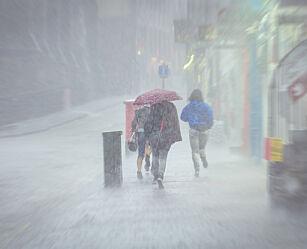 image: Holder du deg like tørr med Goretex som med regntøy?