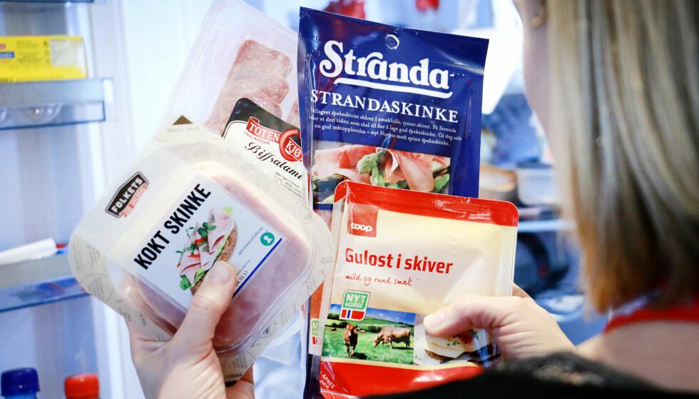 <strong>EMBALLASJE:</strong> En del av påleggspakkene er vanskelige å få opp, ikke minst for de med svake hender. Og slett ikke alle gir god holdbarhet til maten din. Foto: Ole Petter Baugerød Stokke