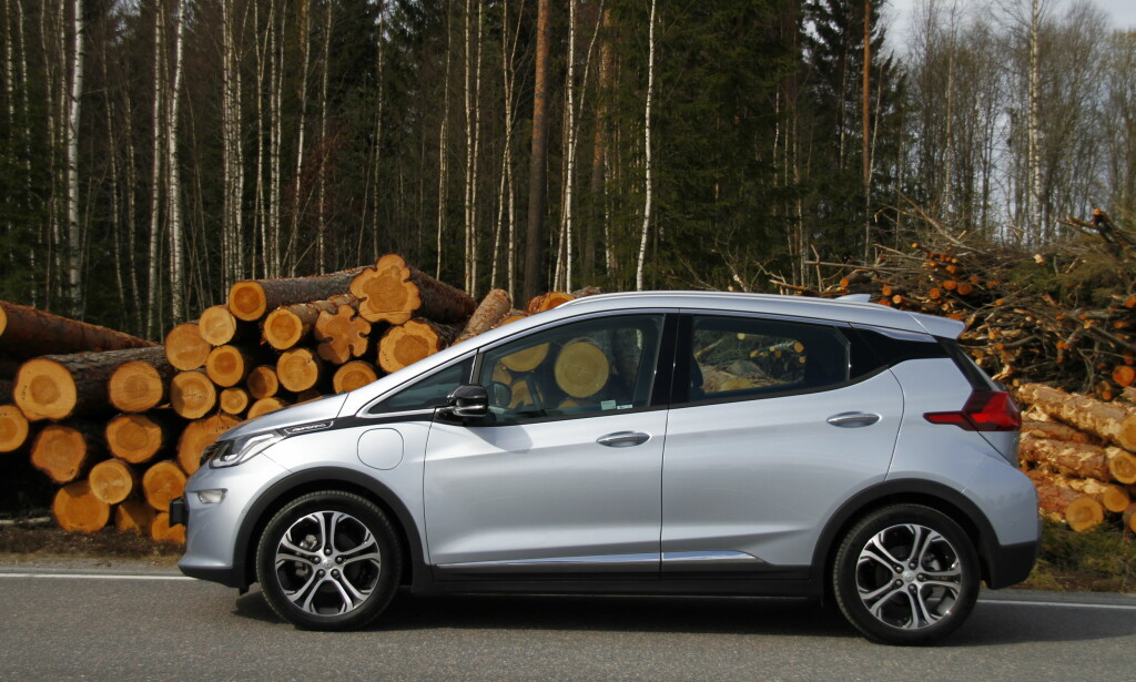 Kjært barn: Opel Ampera-e eller Chevrolet Bolt, bilen er den samme. Foto: Fred Magne Skillebæk