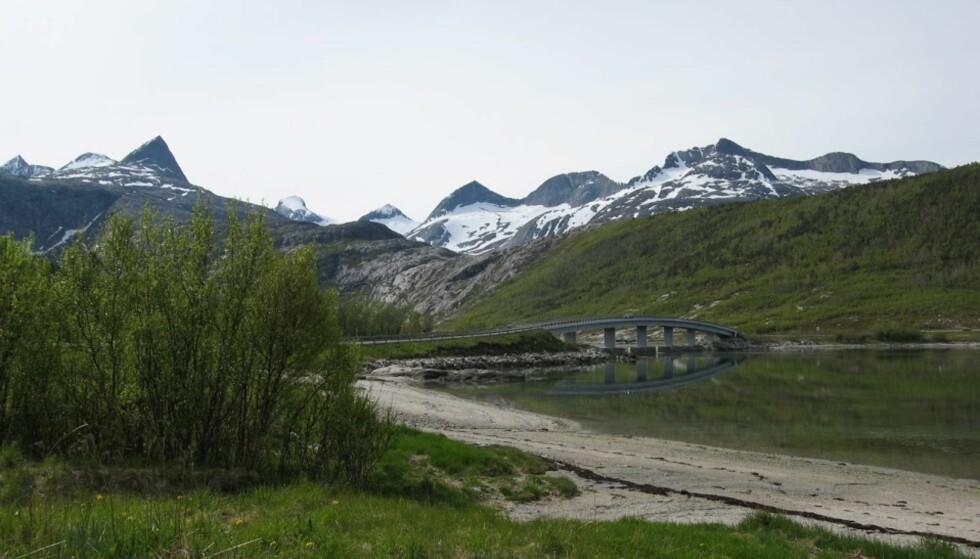 VELKOMMEN TIL NORD-NORGE: Landskapet kan ta pusten fra enhver. Det ble mange stopp for å fotografere på siste tredjedelen av turen.
