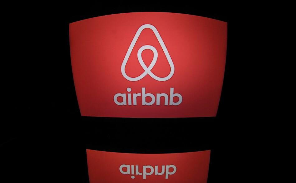 IKKE NOE HOTELL: Regjeringen ønsker ikke at du skal bruke Airbnb til hotellvirksomhet. Foto: AFP PHOTO / Lionel BONAVENTURE