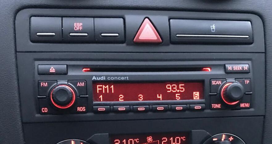 IKKE SKROT DEN: FM-radioen din kan brukes videre også etter at NRK og de andre riksdekkende kanalene har skrudd av FM-sendingene. Foto: Bjørn Eirik Loftås