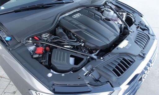DU VELGER: Alternativene er V6-maskiner eller en W12. Foto: Fred Magne Skillebæk