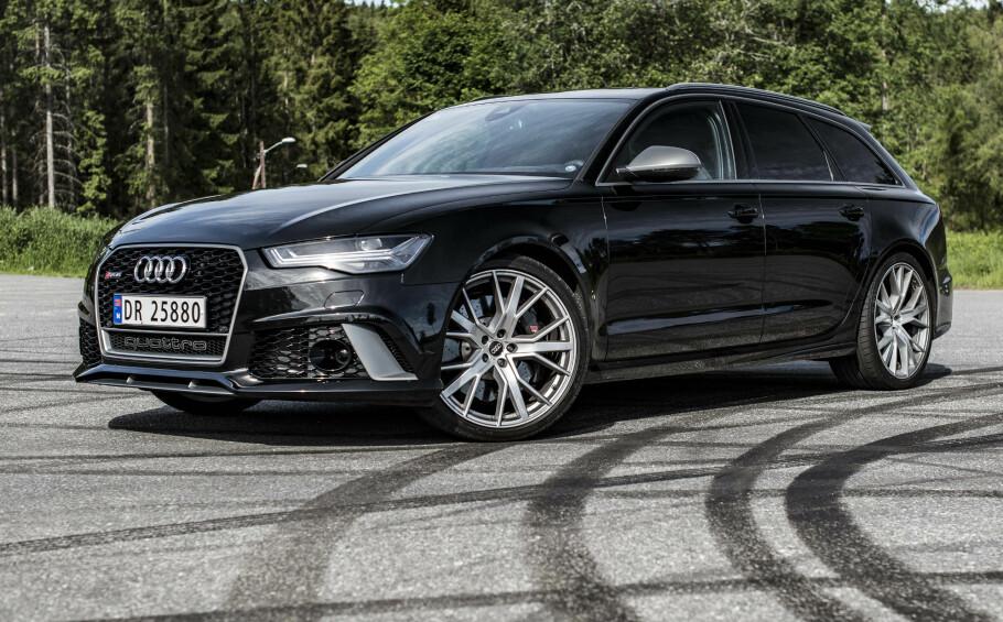 MORSOM: Audi RS6 Performance er en bil vi blir glade av å kjøre. Foto: Jamieson Pothecary