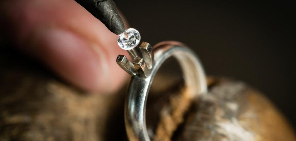image: Mistet diamant til 30.000 kroner, får ingenting tilbake