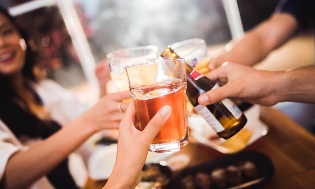 IKKE KJØR FOR TIDLIG: Vår kalkulator forteller deg når alkoholen er ute av kroppen. Foto: Shutterstock /NTB Scanpix