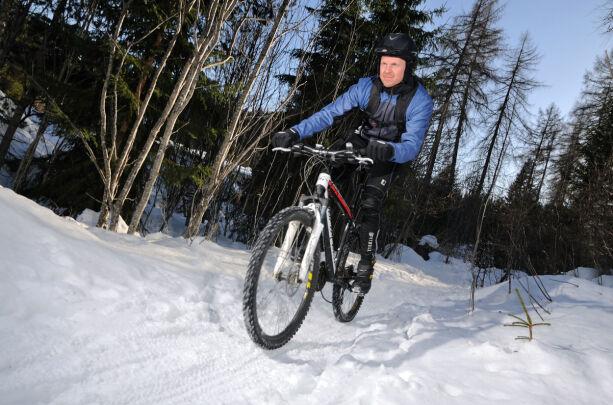 image: Sykle på vinterføre? Ikke bruk disse vinterdekkene