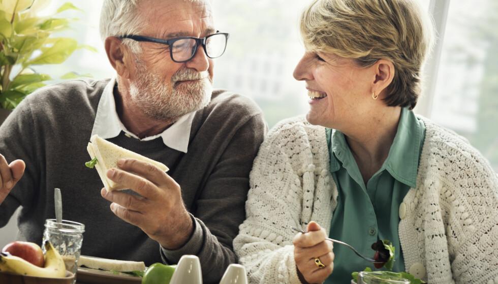 VELG RIKTIG PENSJONSSPARING: Alle ønsker å leve godt når de går av med pensjon. Derfor er det viktig å vurdere hvilken pensjonsspareløsning du velger nøye. Foto: Rawpixel/Shutterstock/NTB scanpix.