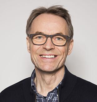BYTT OFTE: Kai Gustavsen i NAAF sier det kan utvikle seg muggsopp og lukt i støvsugerposen om du ikke bytter ofte nok. Foto: Tore Fjeld/Norges Astma- og Allergiforbund