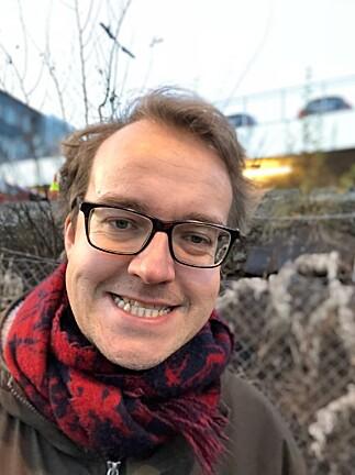 SELFIE-PORTRETT: Frontkameraet på iPhone X kan nå brukes i portrettmodus, slik at bakgrunnen blir uskarp. Foto: Pål Joakim Pollen