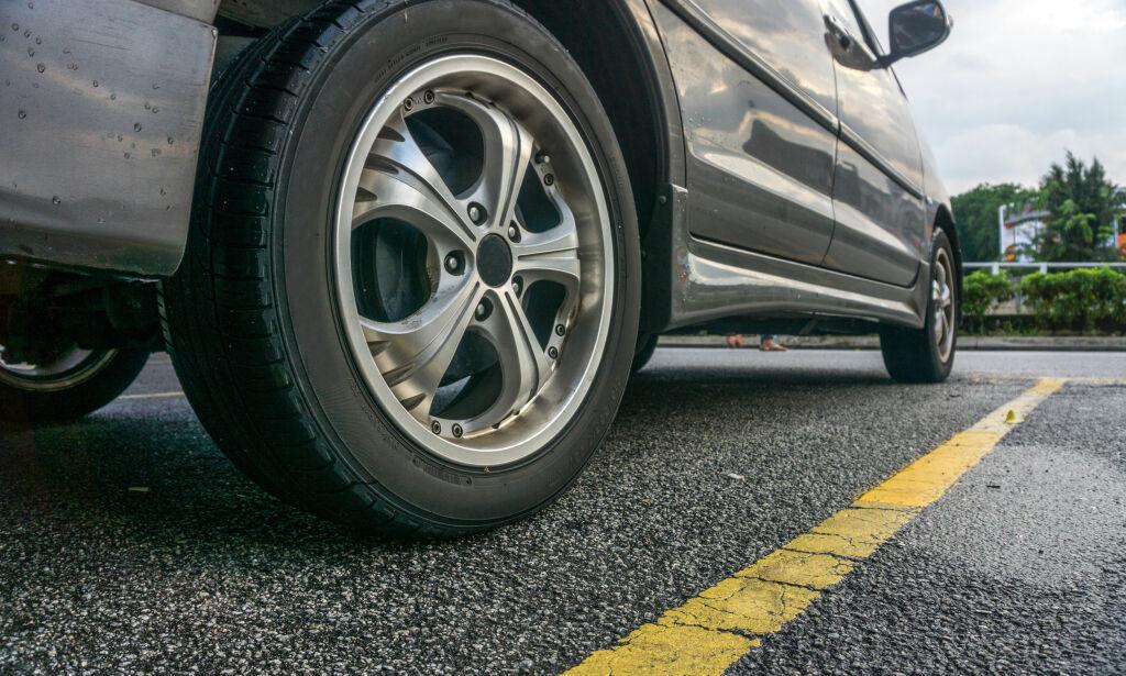 image: Rapport: Hovedårsaken til mikroplast-utslippet kan sitte på bilen din