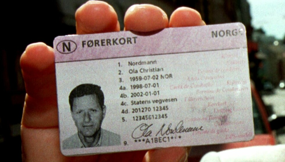 GOD TID: Fristen for å bytte ut førerkortet som kom i 1998, er ikke før 2033. Foto: NTB Scanpix