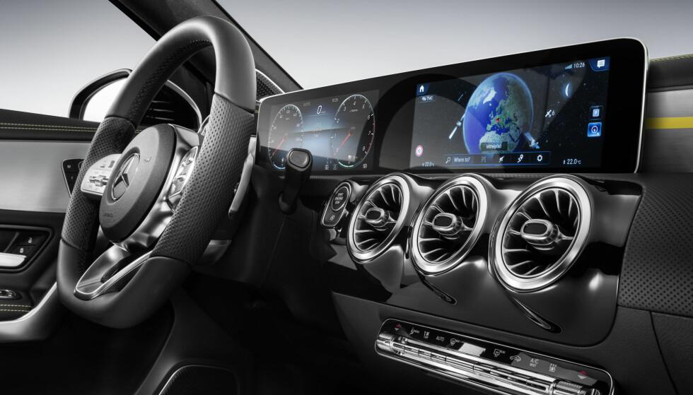 FASJONABELT: Den nye Mercedes-Benz A-Klasse får et interiør som virkelig skiller seg ut i mengden. Foto: Mercedes-Benz