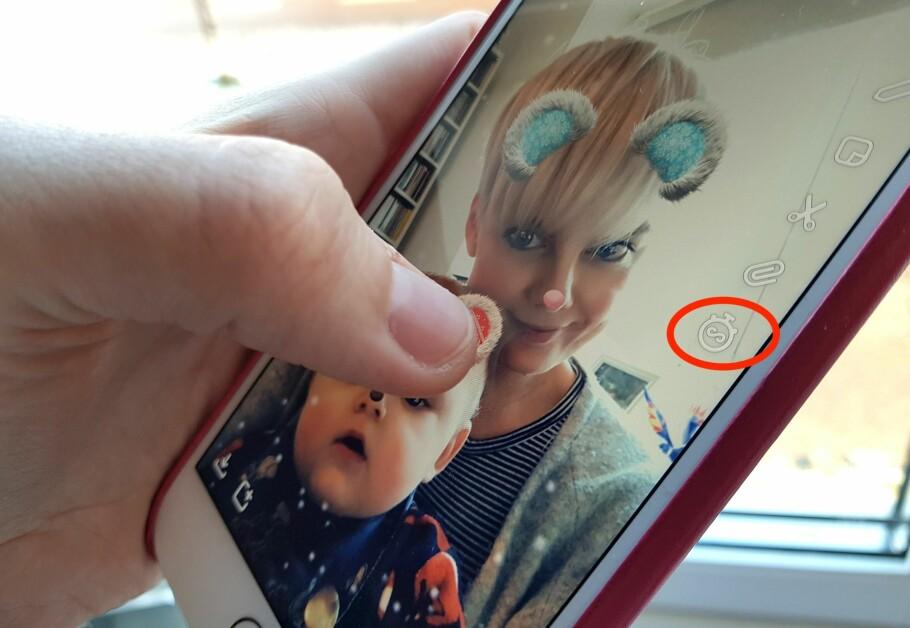 """GJØR DET LETTERE FOR ANDRE: Skrur du på """"uendelig"""" tidsvisning på bildene dine i Snapchat, er det større sjanse for at også andre får det med seg. Foto: Kirsti Østvang"""