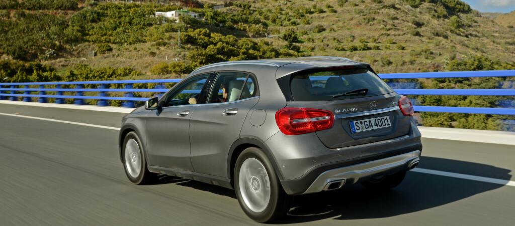 <b>STRUKKET:</b>Mercedes-Benz GLA er strukket 12,5 centimeter i forhold til opphavet, A-klasse. I tillegg ruver den noe høyere.   Foto: Mercedes