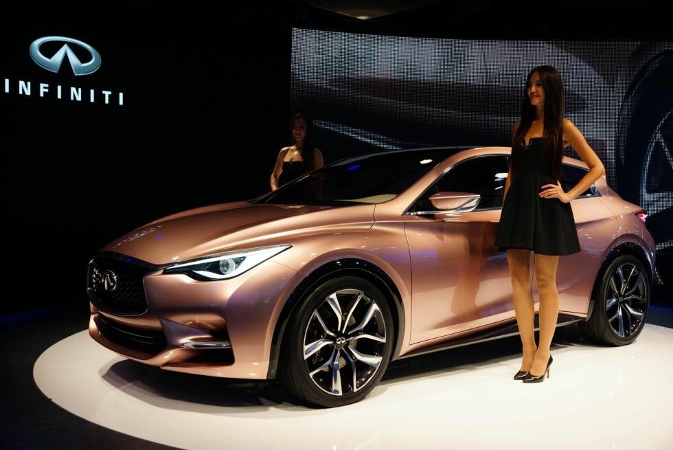 Lexus er vi blitt vant til her i landet, men Nissans luksusmerke, Infiniti, er et uhyre sjeldent syn - den importeres nemlig ikke offisielt. Synd, for de har sin egne stil og vi har hatt muligheter til å prøvekjøre noen av modellene - det er en behagelig opplevelse. Her ser vi den nye modellen Q30. Foto: Newspress