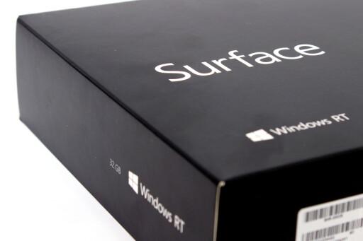 TIL HVEM?: Nøyaktig hvem som vil falle for Surface RT er vanskelig å si. Men for dem som bruker mye Office, kan det være et alternativ. En vanlig PC vil dog være et mye bedre alternativ. Foto: Ole Petter Baugerød Stokke