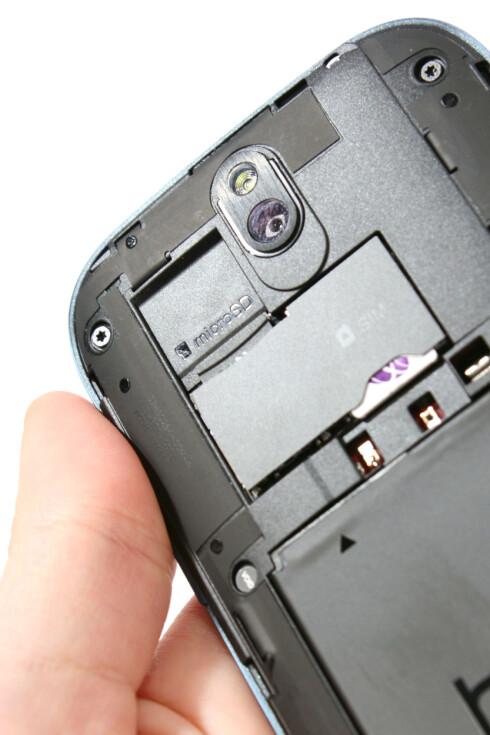 <strong>LATTERLIG:</strong> – 4 GB minne, det må vel holde? tenkte tydeligvis designerne bak HTC One SV.  Foto: Ole Petter Baugerød Stokke