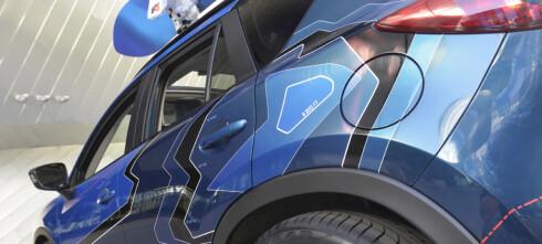Mazda med festkledte CX-5