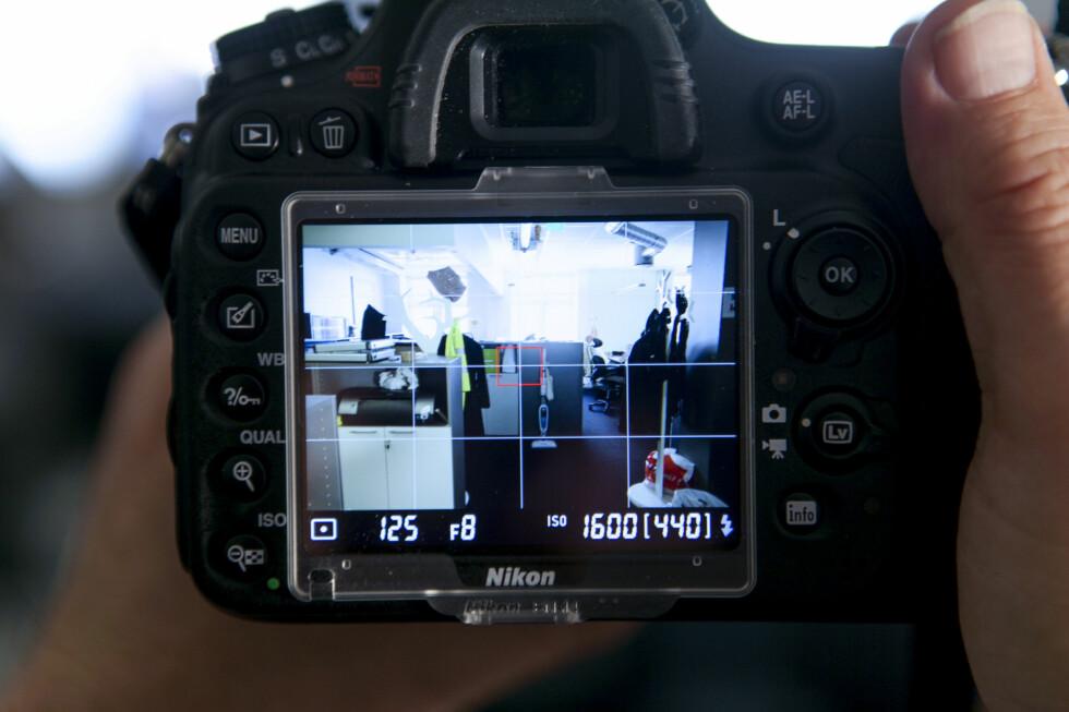 Rutemønster i LCD-søker. Foto: Per Ervland