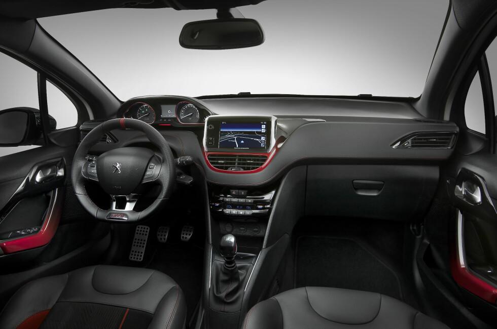 """GTi er tilbake! Nye 208 henter ifølge produsenten frem igjen det som utgjorde GTi-ens essens: Sprek motorisering, lav vekt og """"glade"""" kjøreegenskaper. Foto: Peugeot"""