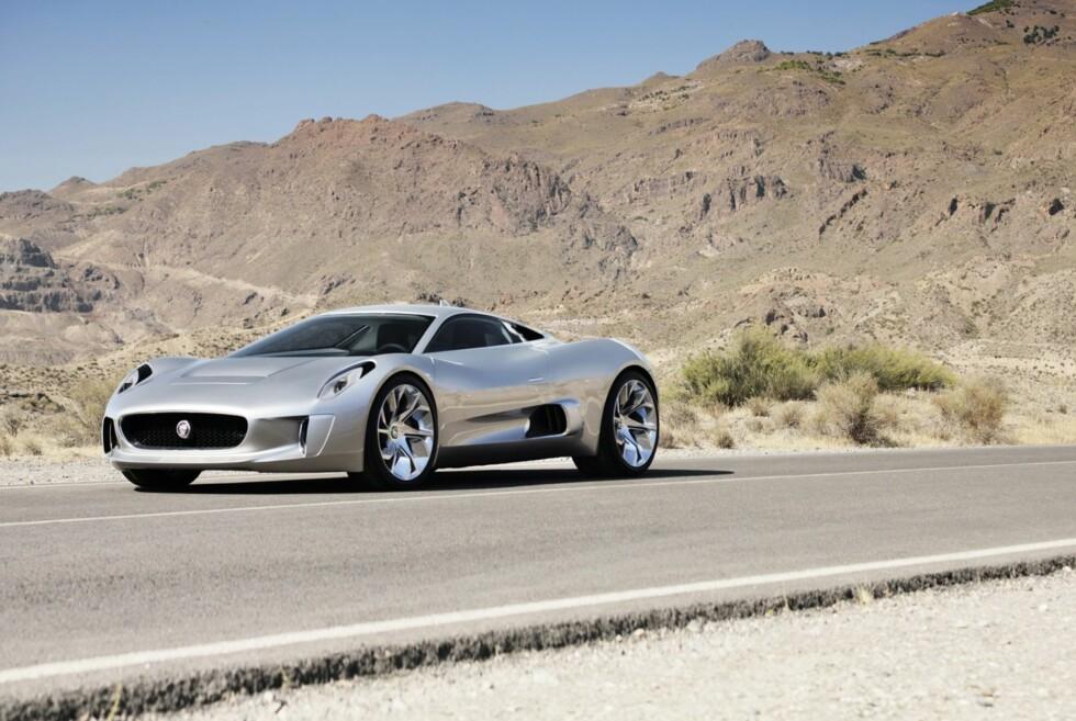 Jaguar C-X75 er like spesiell utvendig som innvendig. Foto: JAGUAR