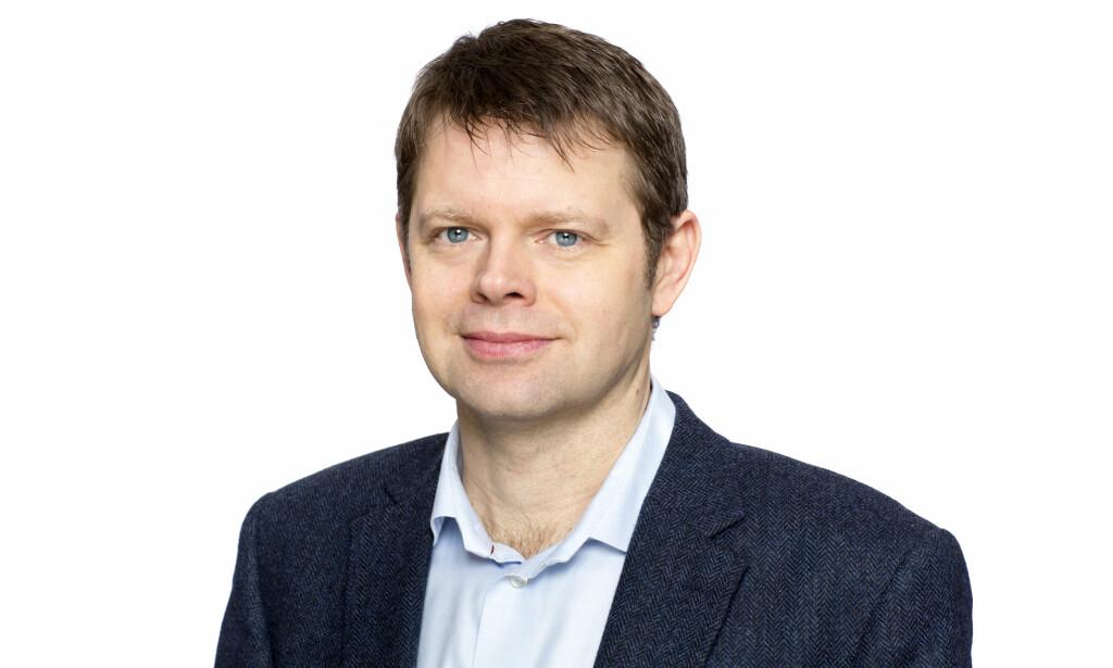 NEGATIV TIL NY NETTSIDE: Anders Leisner, advokat og leder av avdeling for medlemsrådgivning i Huseiernes landsforbund, mener at tvangssalg.no henger ut de som ikke kan gjøre opp for seg økonomisk. Foto: Huseiernes landsforbund