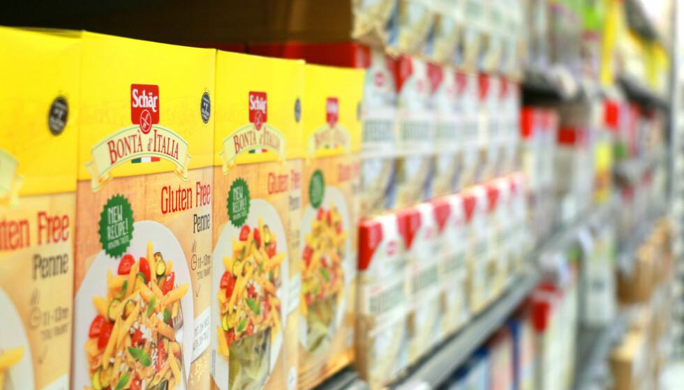 HYLLEMETER PÅ HYLLEMETER: Det er enormt mye bedre utvalg både på glutenfrie varer og laktosefrie varer i Sverige, enn på norske butikker. Foto: Kristin Sørdal