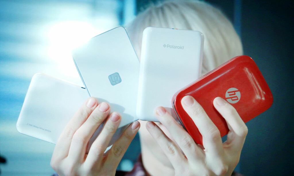 TRÅDLØSE: Alle de mobile fotoskriverne går på batteri og kobler seg til mobilen via Bluetooth. De har egne apper for å skrive ut bildene fra. Foto: Ole Petter Baugerød Stokke