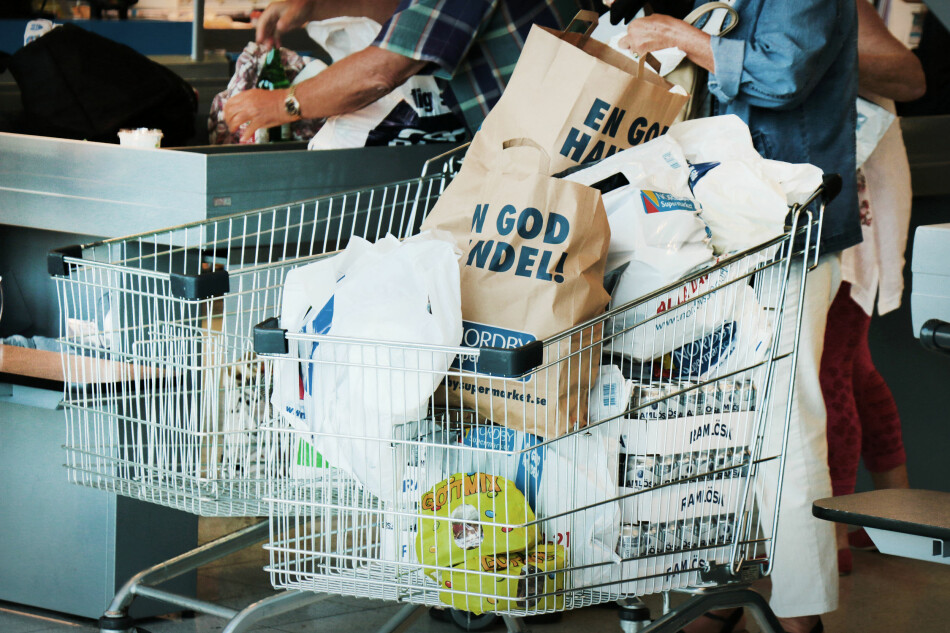 KLAR FOR SVENSKEHANDEL? Vi gir deg tips til hva det lønner seg å kjøpe akkurat nå - og tipser om alkoholen du kan ha med deg i ubegrensede mengder - bare du holder deg innenfor beløpsgrensene. Foto: Ole Petter Baugerød Stokke