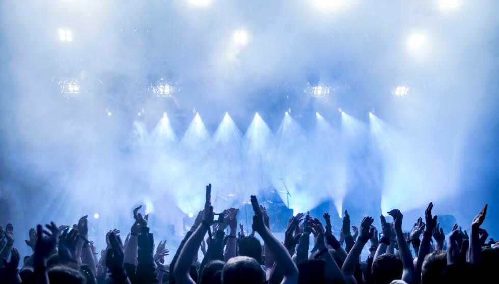 KONSERT TIL JUL: Mange vil sette pris på å få billett til live-opptreden med favorittartisten i 2018. Foto: dwphotos/Shutterstock/NTB scanpix