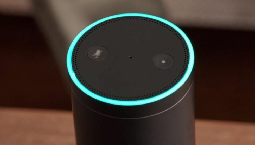 PRATSOM: Du kan fortelle Amazons Alexa hva du vil høre. Men du ville kanskje ikke likt at noen du ikke kjenner gjør det? Foto: Amazon