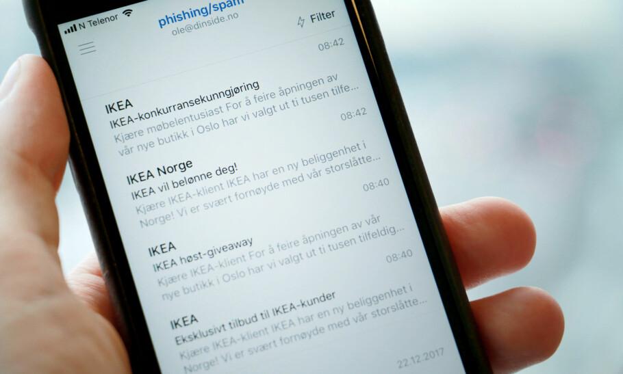 IKEA-SVINDEL: Her er noen av de falske e-postene som hevder at Ikea har trukket deg ut som vinner av et gavekort. E-postene har blitt sendt ut til mange nordmenn i løpet av jula, og dette er slettes ikke første gang Ikea misbrukes på denne måten. Foto: Ole Petter Baugerød Stokke