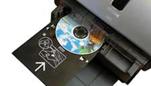 med enkle håndgrep kan du skrive ut på CD-plater. Det er ingen revolusjon i seg selv, men en svært velkommen mulighet.