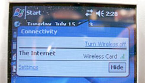 Å sjekke status på WLAN-tilkoblingen krever ett klikk