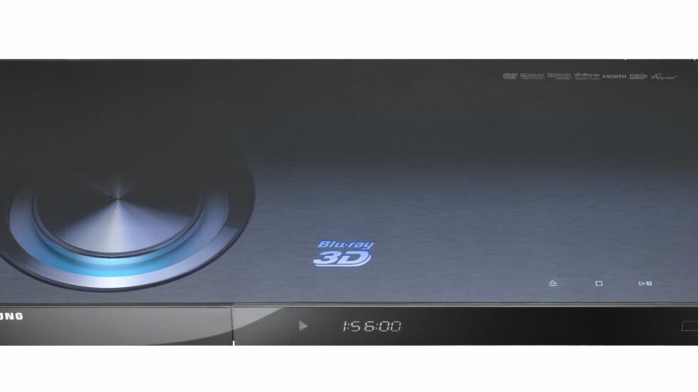BD-C6900 er foreløpig Samsungs eneste 3D-klare Blu-ray spiller.