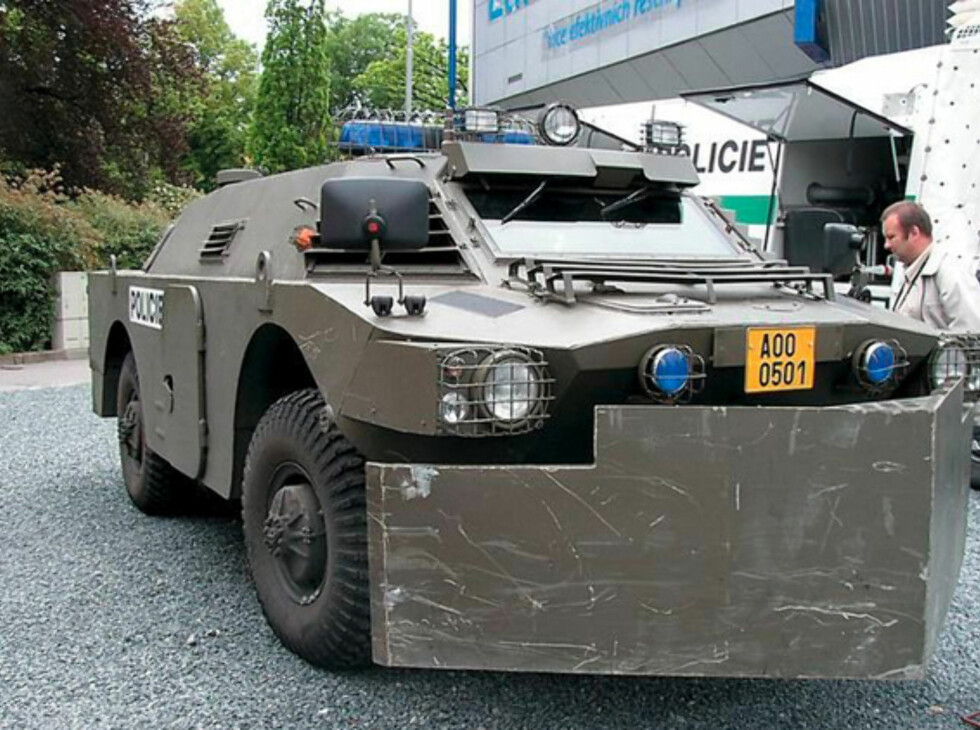 Opprørspolitiets monsterbiler