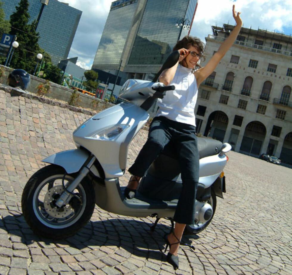 Vinn scooter OG mobil!