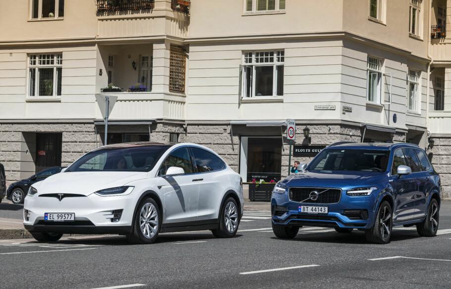 NORGESBILER: Tesla, her representert med Model X, var nest mest solgte bilmerke i Oslo i fjor. Volvo (XC90) var nest mest solgte merke i Troms og Sør-Trøndelag.