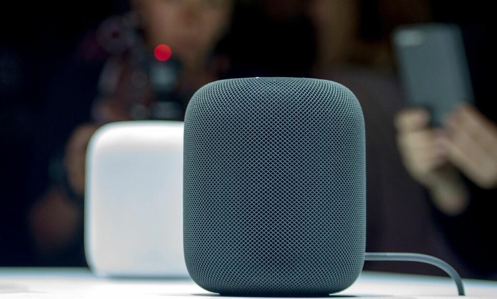 SIRI-HØYTTALER: Apple er klare for å ta opp kampen om smarthøyttalerne mot Amazon og Google. Foto: NTB Scanpix/AFP