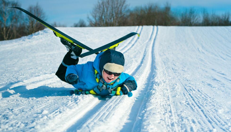 TA EKSTRA HENSYN: Ta ekstra hensyn til barn og eldre eller andre som ikke er så spreke til beins. Du som er kjappere har vikeplikt for disse skiløperne. Foto: Shutterstock/NTB Scanpix