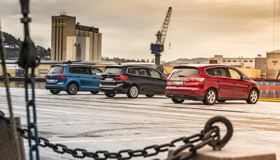 FAMILIEFLYTTERE: VW Touran, BMW 2-serie og Ford S-Max var alle på topplista blant flerbruksbilene i fjor. Foto: Jamieson Pothecary