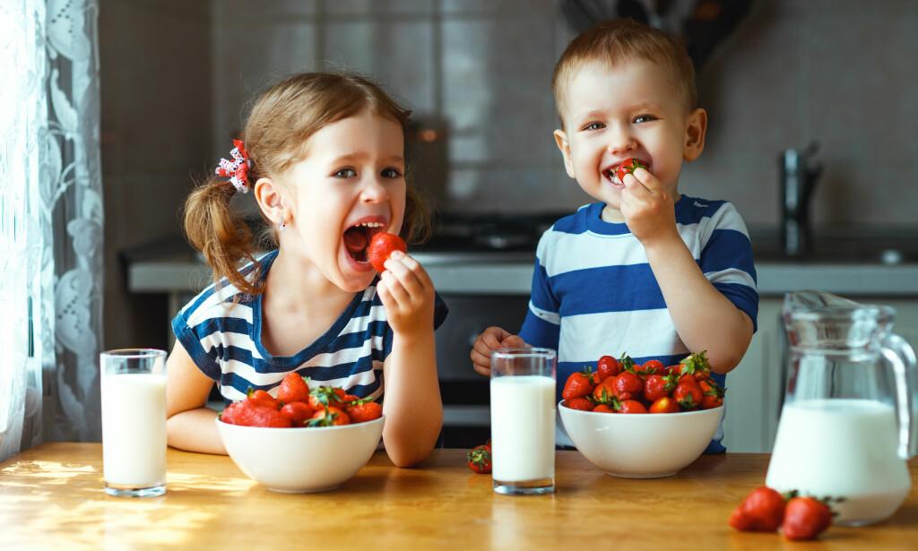 GUTTER KOSTER MER: Det er ikke maten men mer kostnader knyttet til fritidsaktiviteter som avgjør hva man får låne, ifølge andre banker. Foto: Shutterstock/ NTB Scanpix