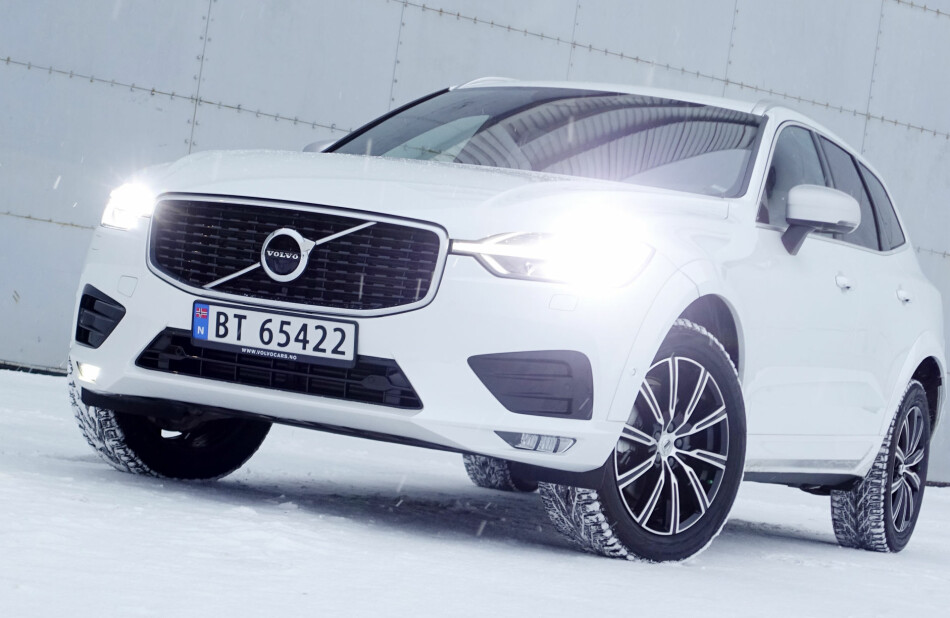 LEKKERT: Smaken er som baken, men XC60 oppfattes som den mest harmoniske og vellykkede designen fra Volvo for øyeblikket. Størrelsesmessig er den trolig også den mest attraktive for øyeblikket. Foto: Rune M. Nesheim