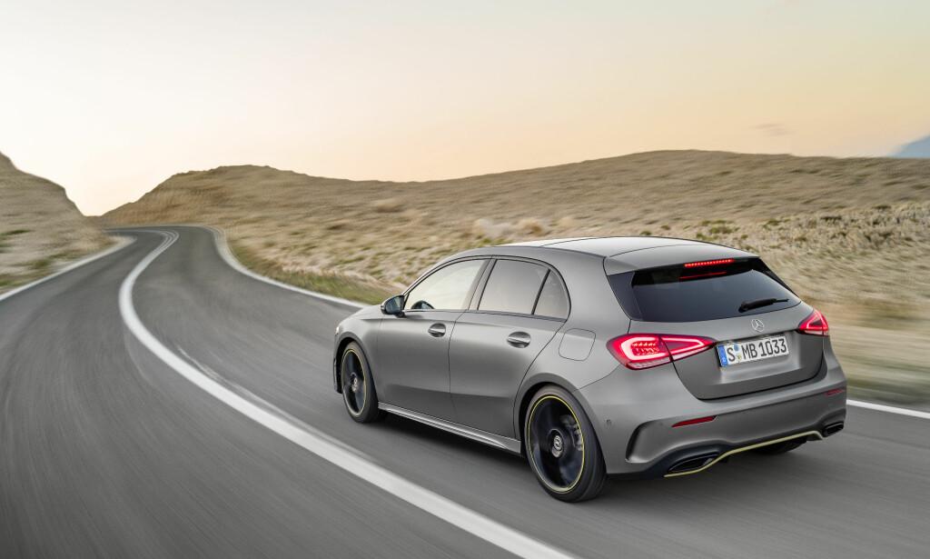 SPORTY DESIGN: Både sporty og praktisk - blant annet har lyktedesignen gjort det mulig å bredde innlastingsbredden bak. Foto: Daimler AG