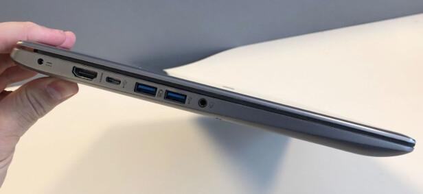RELATIVT TYNN: PC-en måler 1,9 cm på det tykkeste. Vektnåla stopper på 2 kg. Foto: Bjørn Eirik Loftås