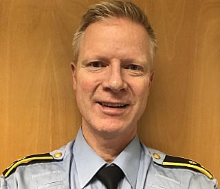 KJØR AV OG TIL: Seksjonsleder Frode Andreassen i politiets trafikk- og sjøtjeneste i Oslo forklarer at man bør kjøre på «taxigrønt» i gitte situasjoner.